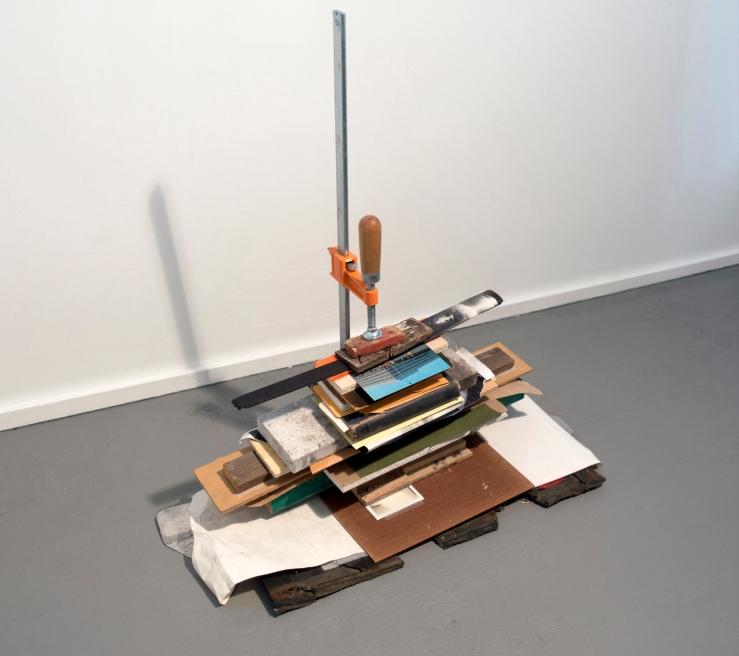 033-clampedstack